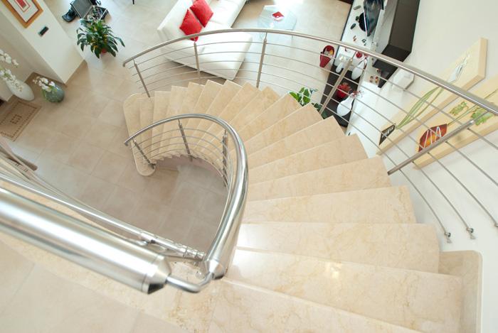 Rivestimenti scale modica ragusa sicilia - Scale in marmo per interni moderne ...